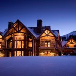 How to Decorate Your Ski House like A Cozy Chalet