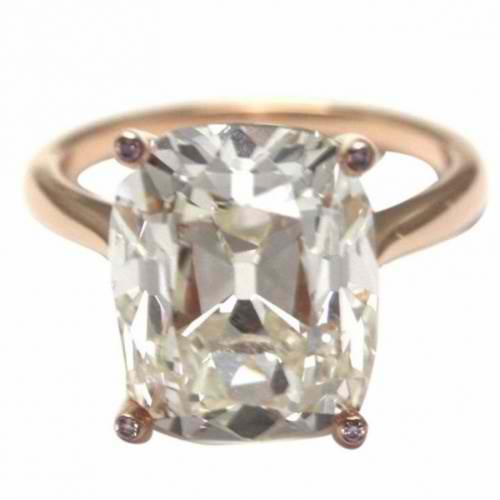 RING SET WITH A DIAMOND