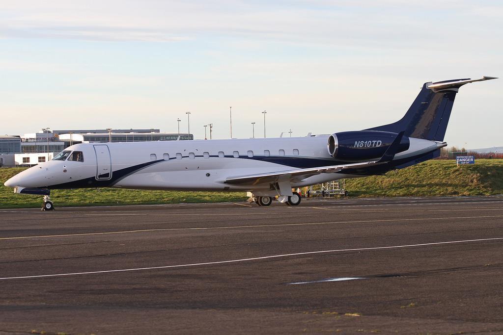 2014 Embraer Legacy 650