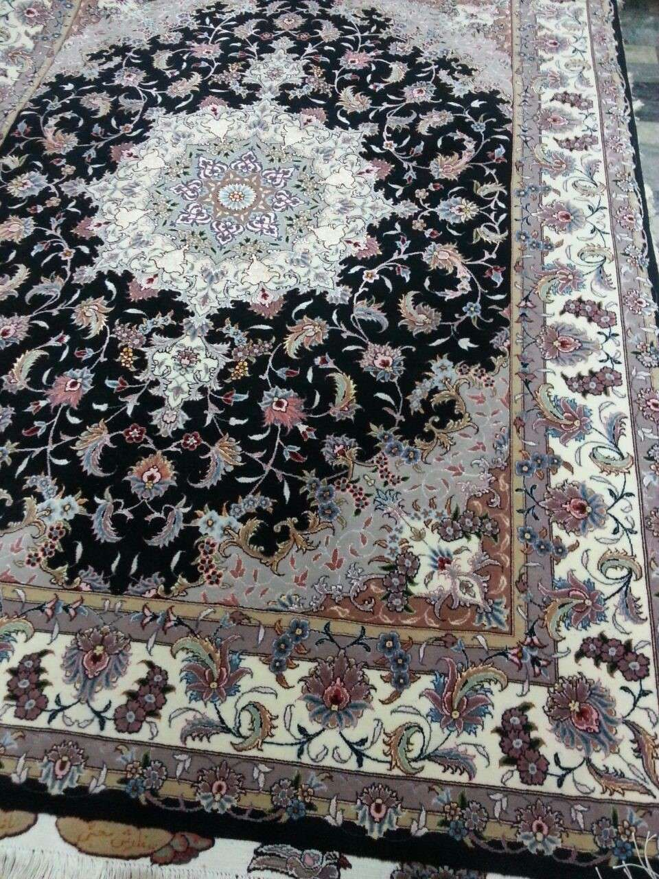 Master Taghizadeh -Hand Knotted Tabriz Persian Tabriz Carpet/Rug