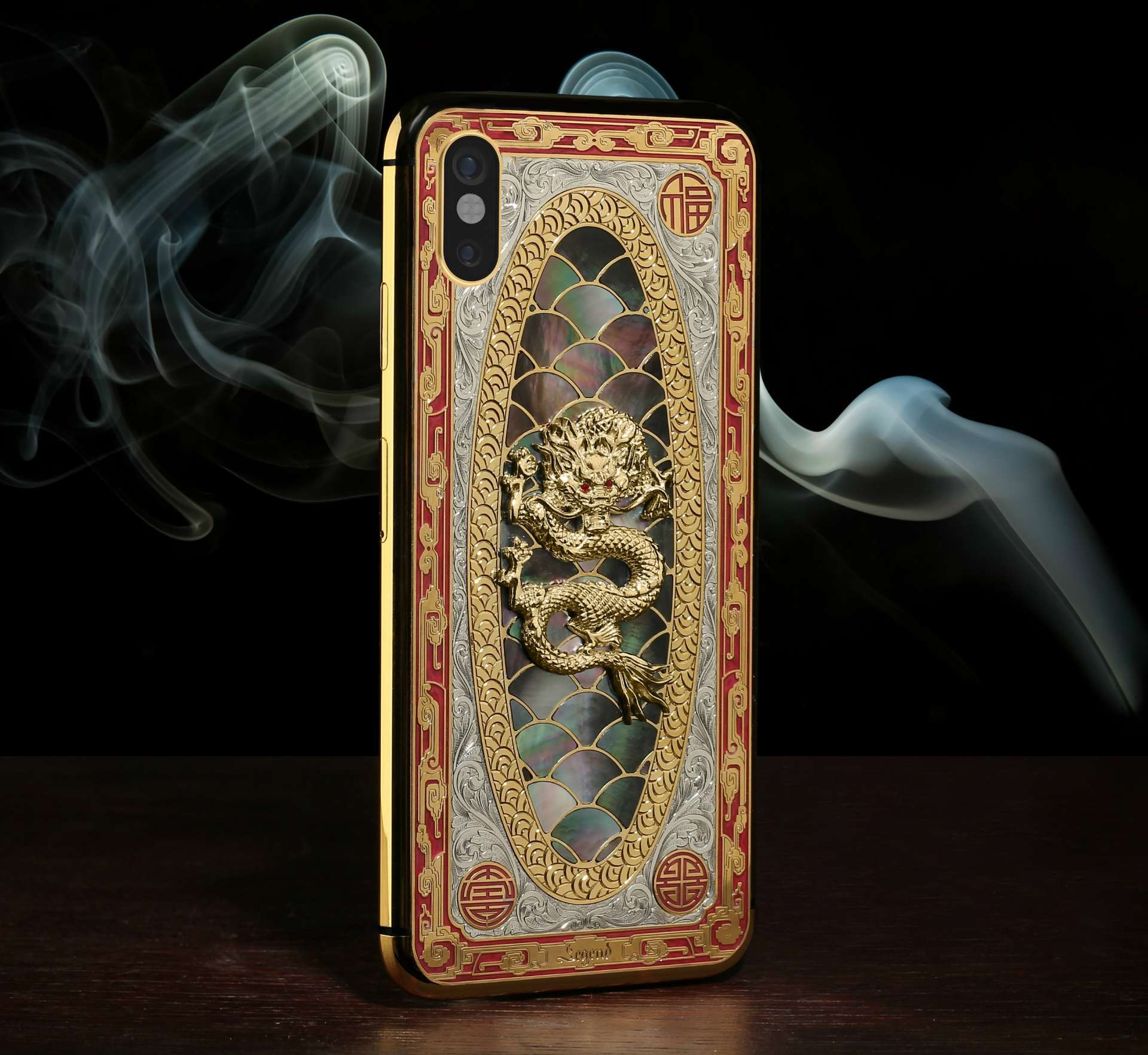 "Dragon iPhone XS  ""Lu"" - Luxury phone with gold, platinum and hand engraving"