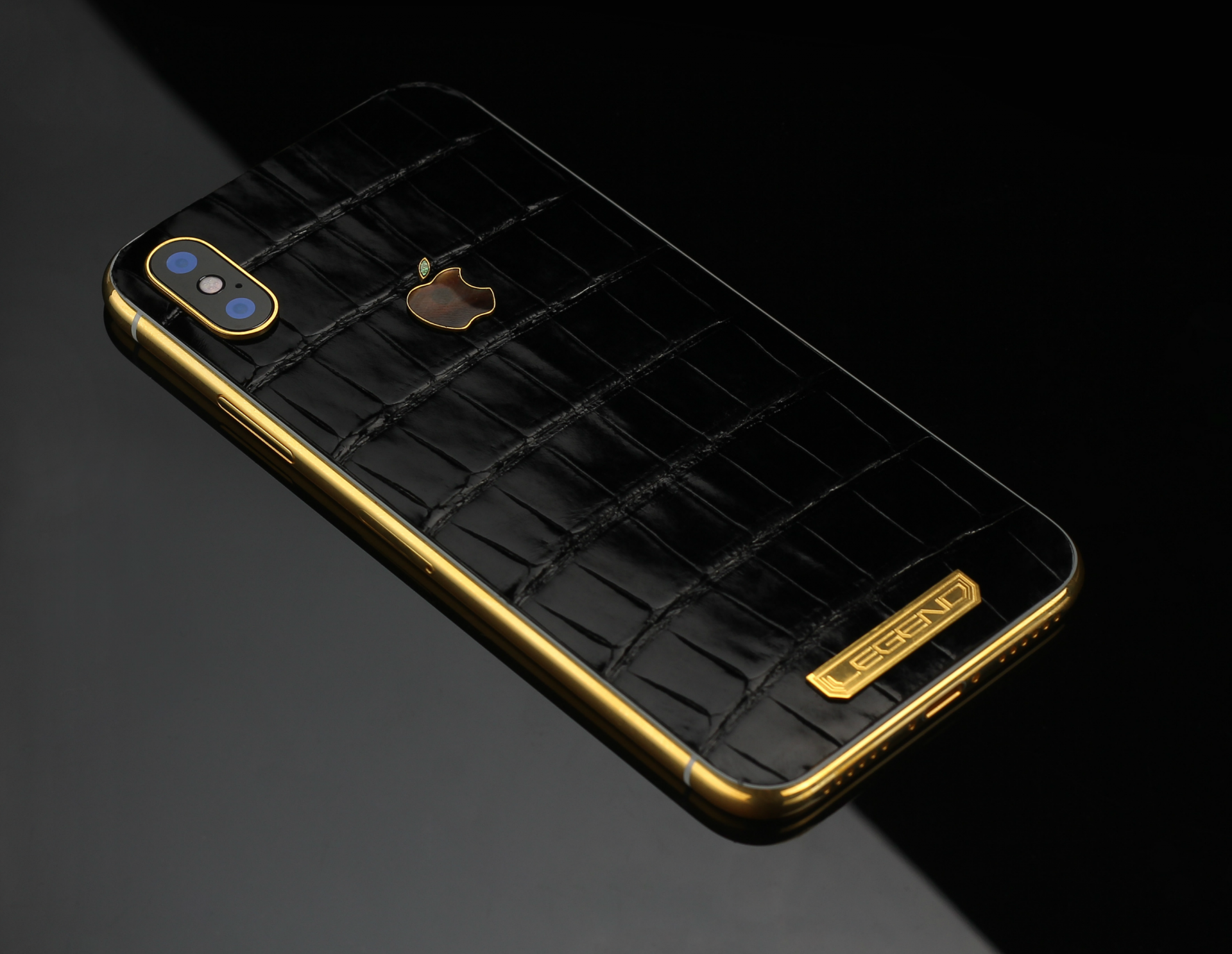 iPhone XS 256Gb 24k Gold edition with Crocodile leather