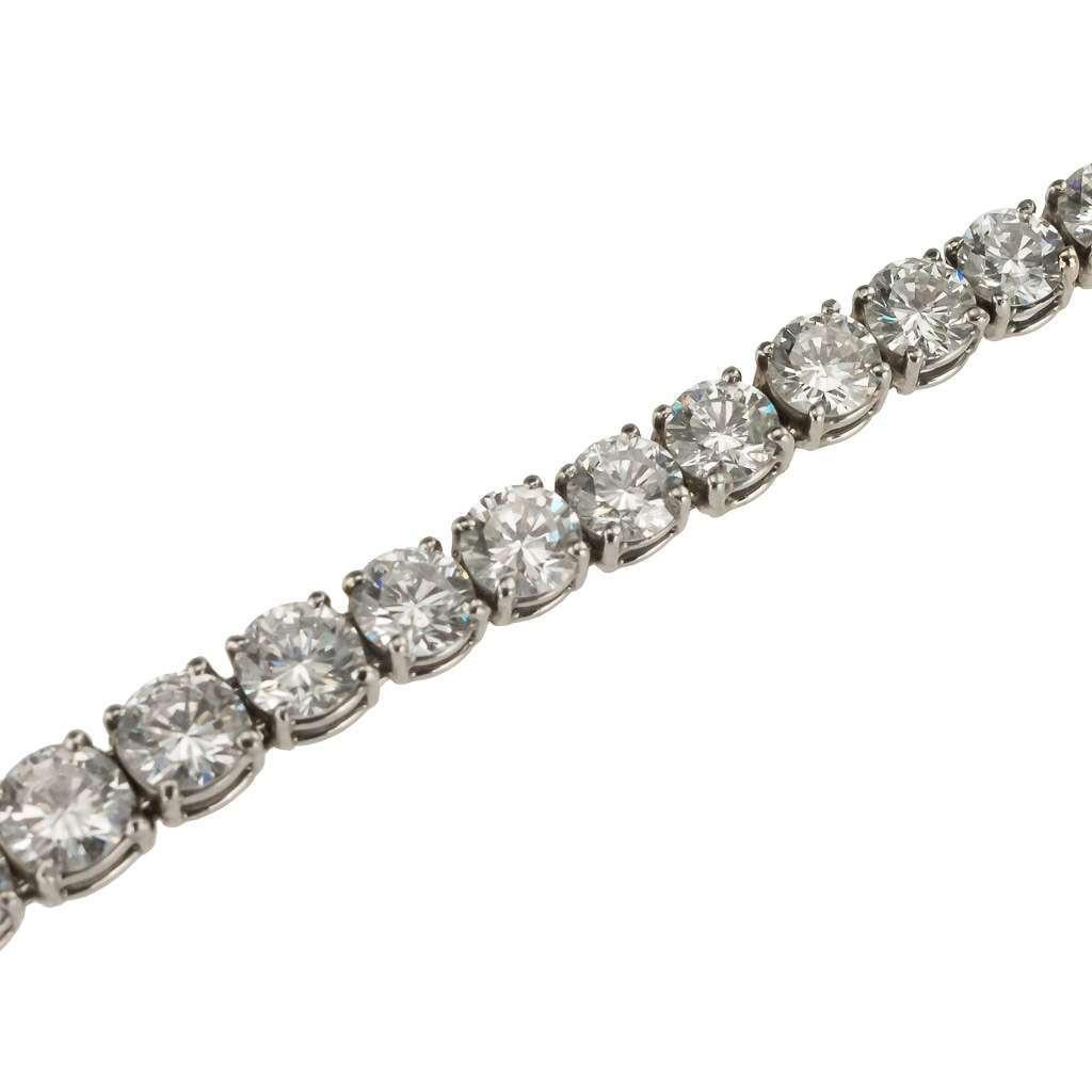 EXCEPTIONAL PLATINUM & 18CT DIAMOND BRACELET, G/H, VVS1