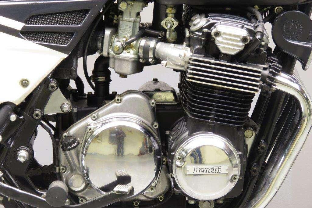 Benelli 1985 Sei 900cc 6cyl ohc 2712