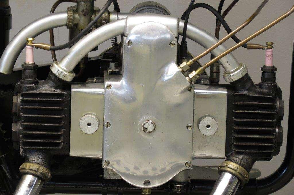 Douglas 1927 Model EW 350cc 2 cyl sv 2712