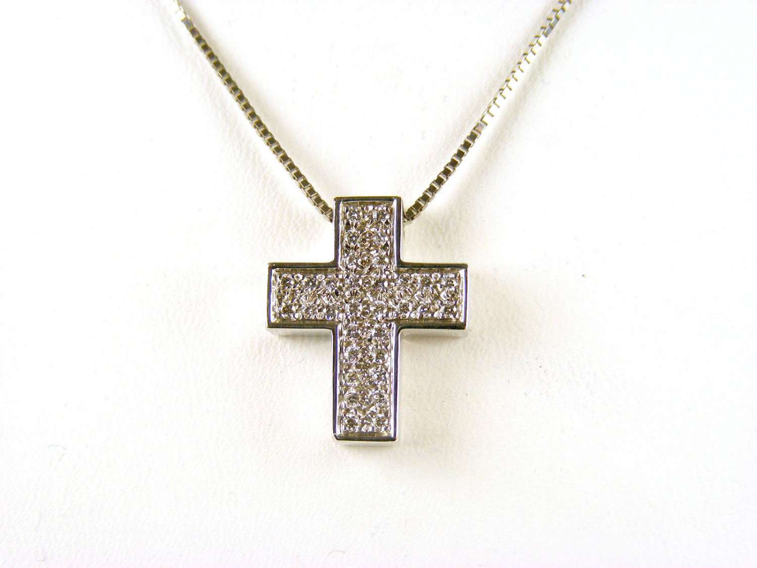 SALVINI NECKLACE CROSS IN 18KT WHITE GOLD WITH DIAMONDS