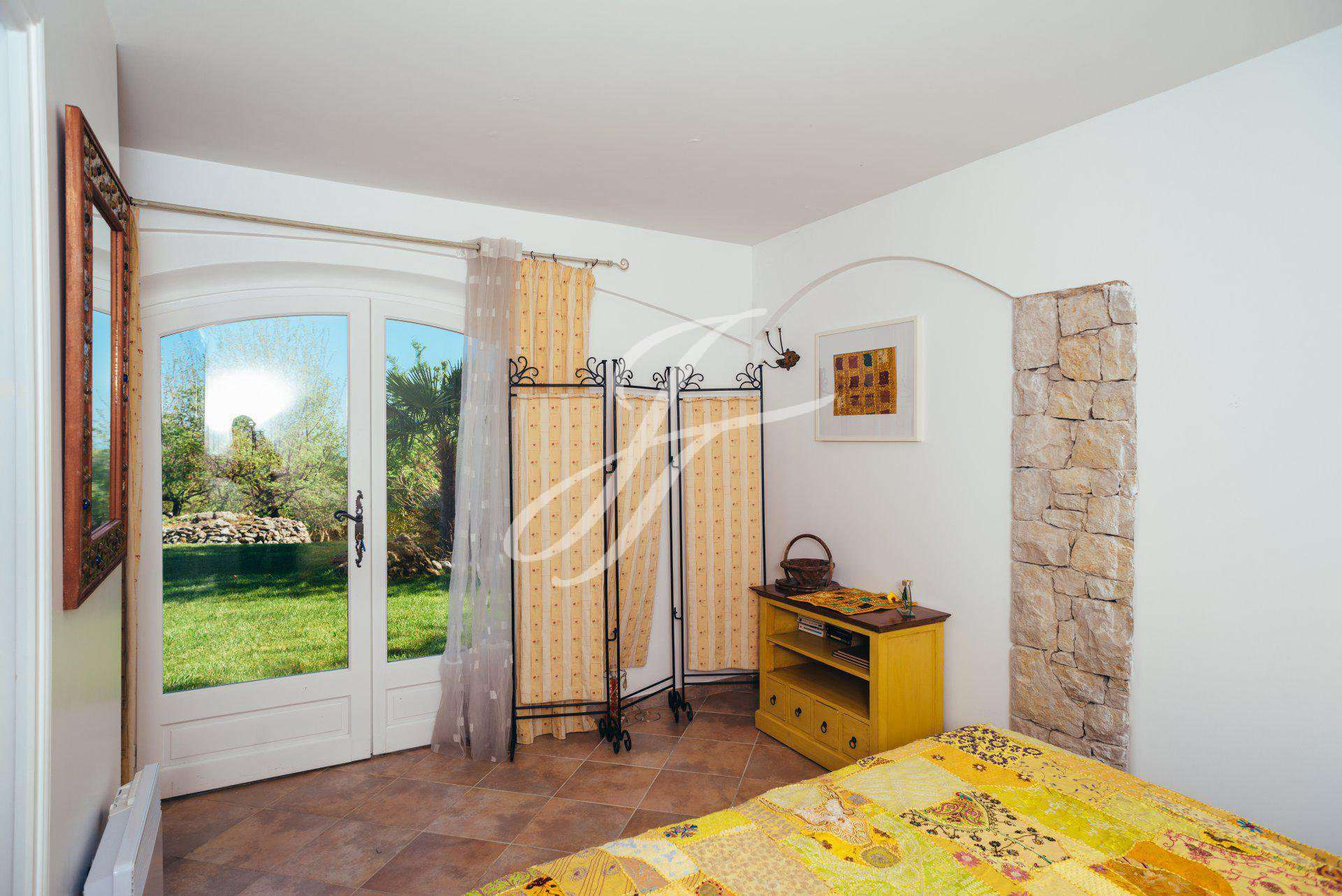 HOUSE IN SEASONAL RENTAL CHATEAUNEUF DE GRASSE