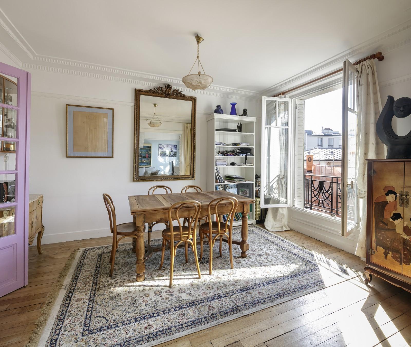 PARIS 12 | GARE DE LYON | HAUSSMANN-STYLE APARTMENT | 3-4 BEDROOMS AND MAID'S ROOM