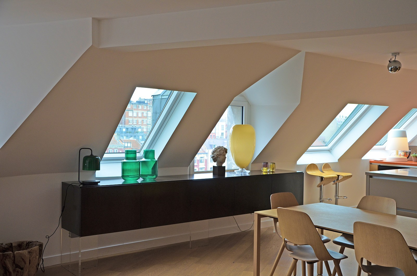 Vieux-Lille, apartment of 2800 sqft renovated by architect