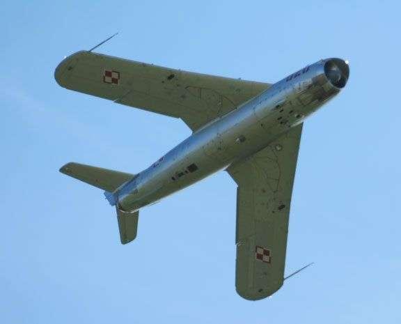 MiG 17PF