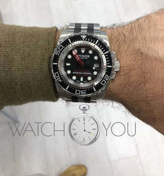 Hydro 1200 Stainless Black 45mm 25000 Divers watch Automatic 25000 box & papers