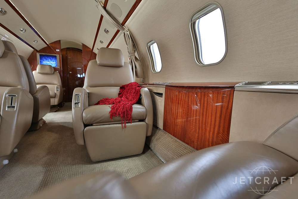 2007 BOMBARDIER CHALLENGER 300 S/N 20131