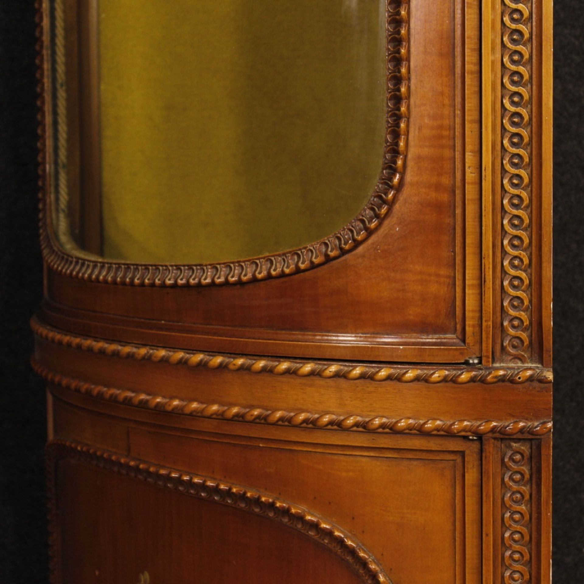 Italian Corner Cupboard In Wood In Louis XVI Style