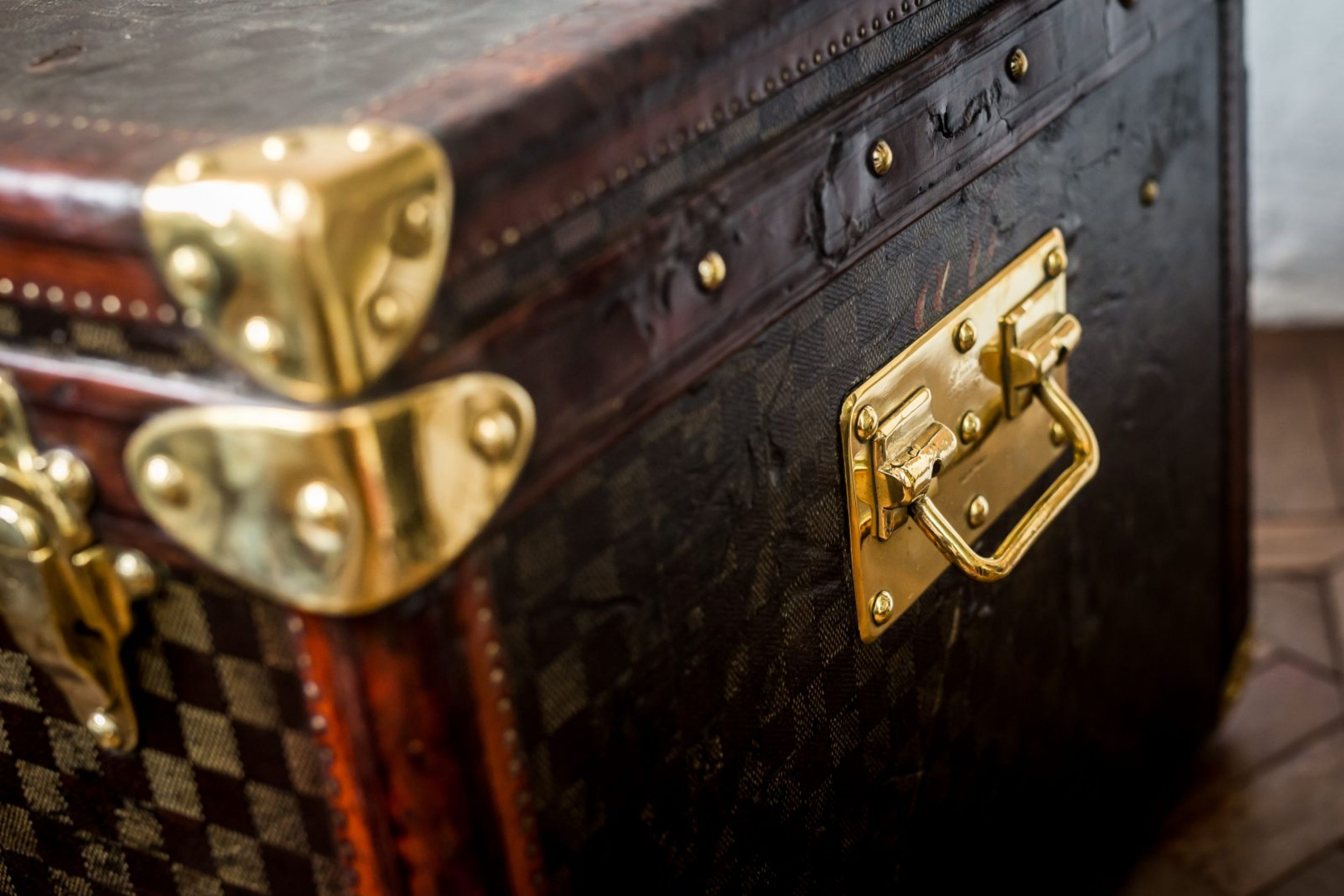 Louis Vuitton Damier Cube Accessory Trunk
