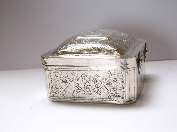 Silver Orthodox relic holder box - around 1800