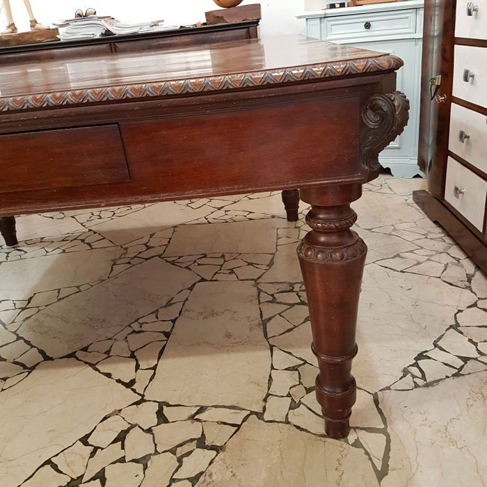 Large solid walnut table for a hall - Louis Philippe style - Italy - 1860