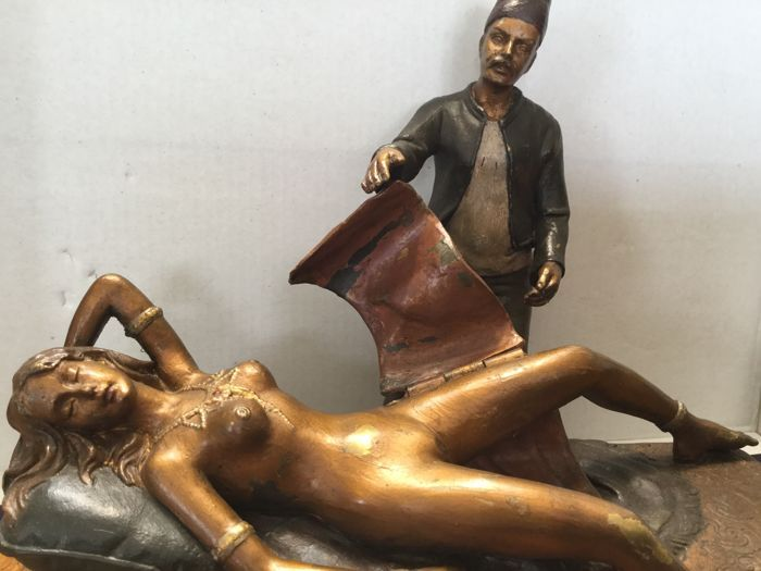 Large erotic Vienna bronze -Marked B - early 20th century