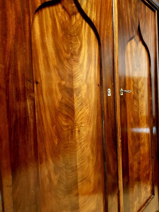 Biedermeier mahogany cabinet