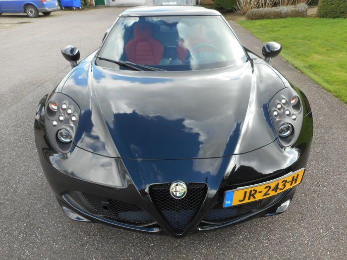 Alfa Romeo - 4C Turbocharged - 2017