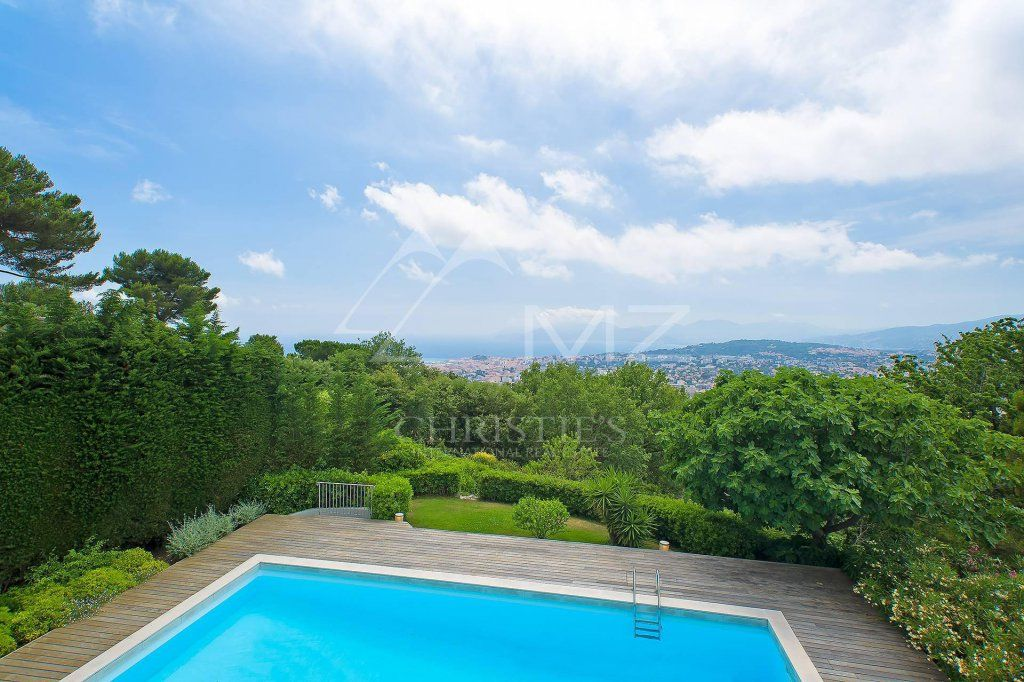 Close to Cannes - On the heights - Residential and quiet area