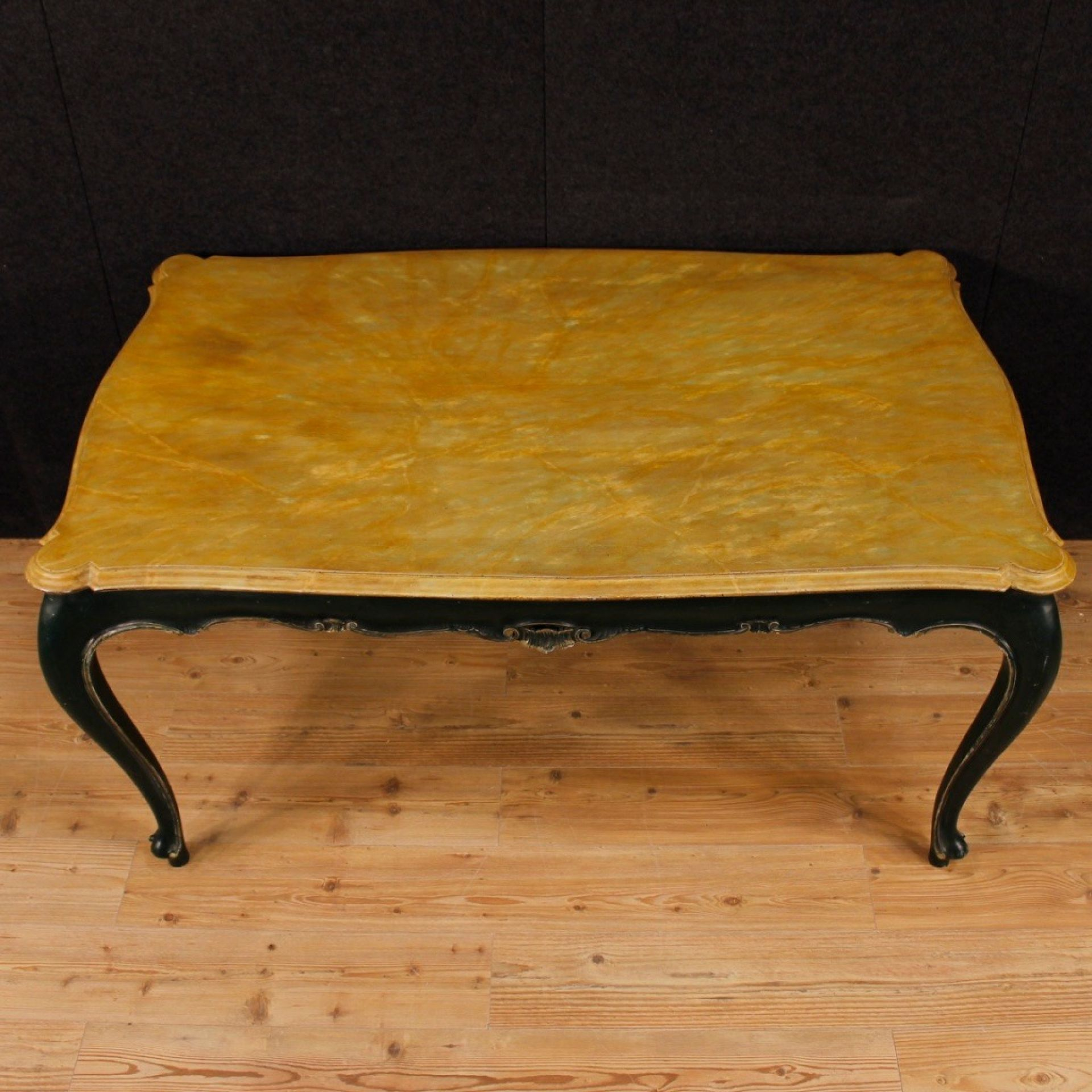 Venetian Dining Table In Lacquered Wood From 20th Century