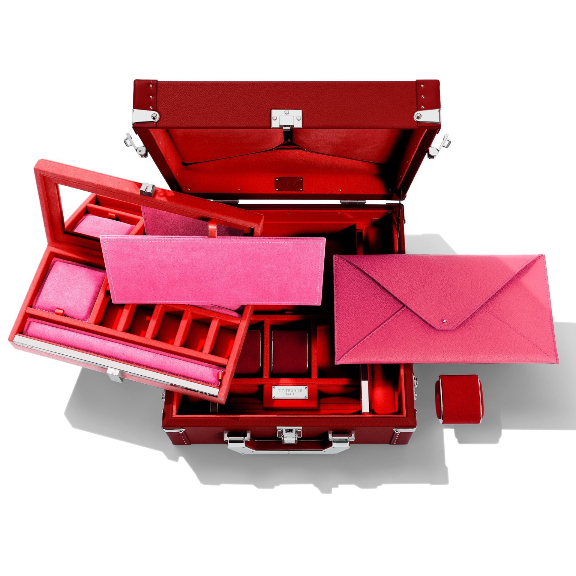 Mademoiselle T16 Trunk - Red