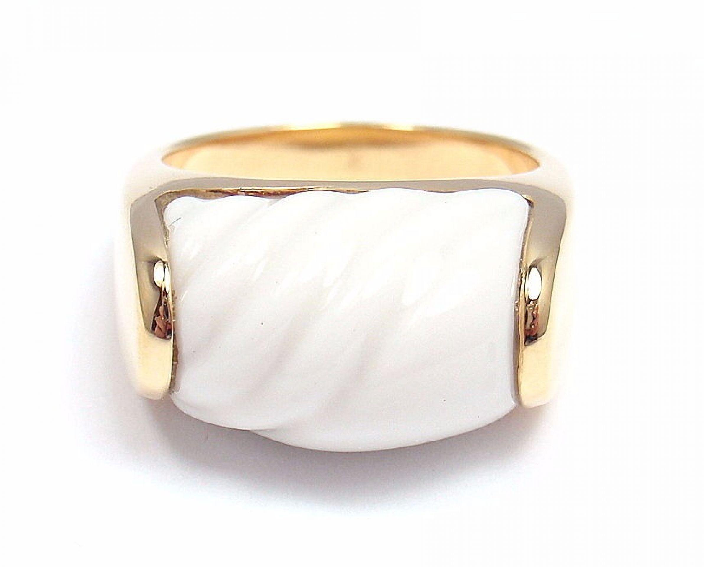 AUTHENTIC! BULGARI BVLGARI 18k YELLOW GOLD CARVED CERAMIC RING, SIZE 5.75