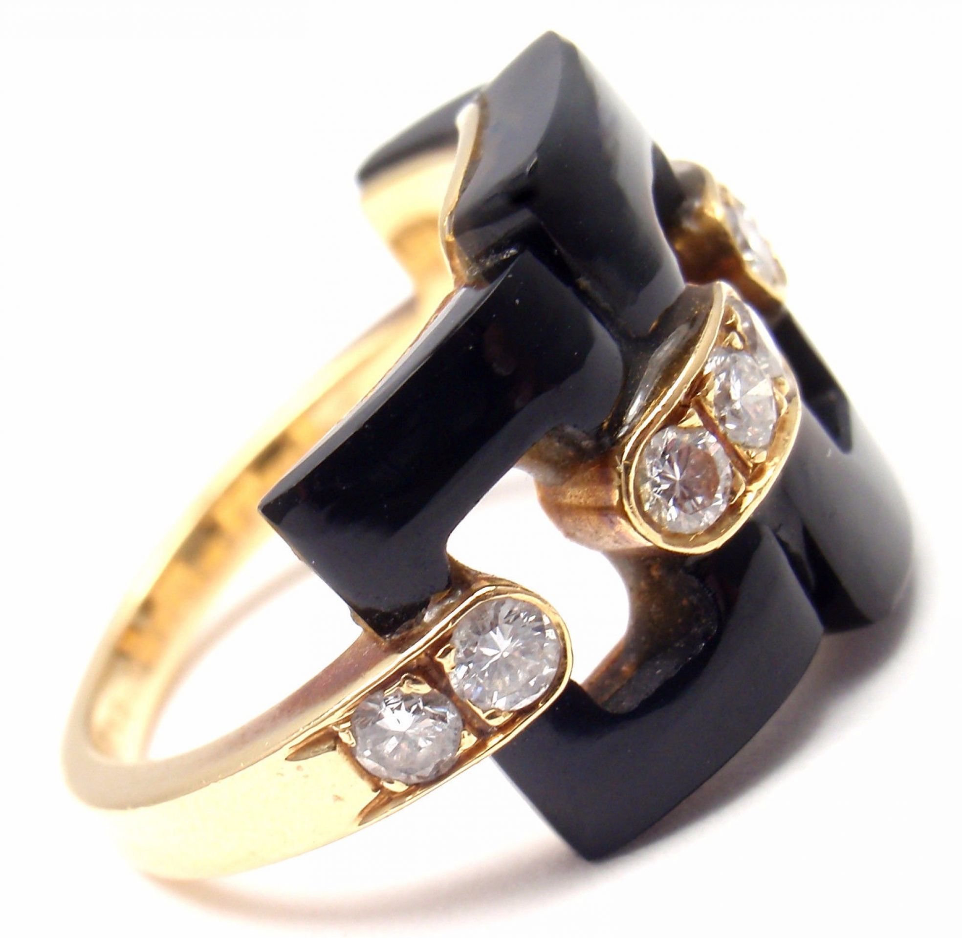 Authentic! Vintage VAN CLEEF & ARPELS 18k Yellow Gold Diamond Black Onyx Ring