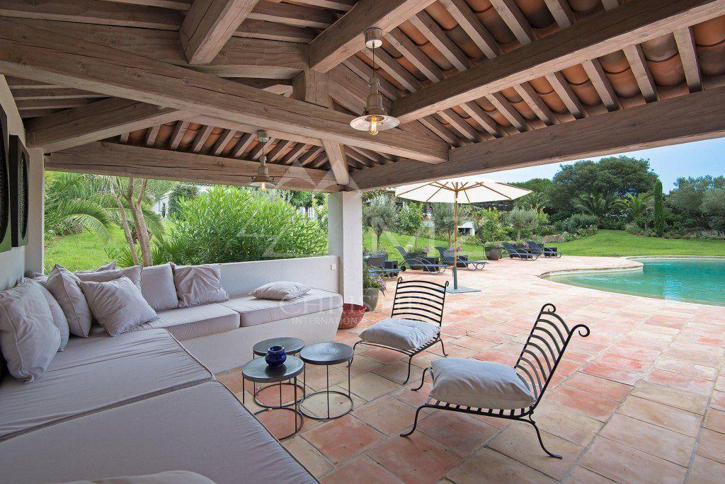 Saint-Tropez - Property close to Les Salins