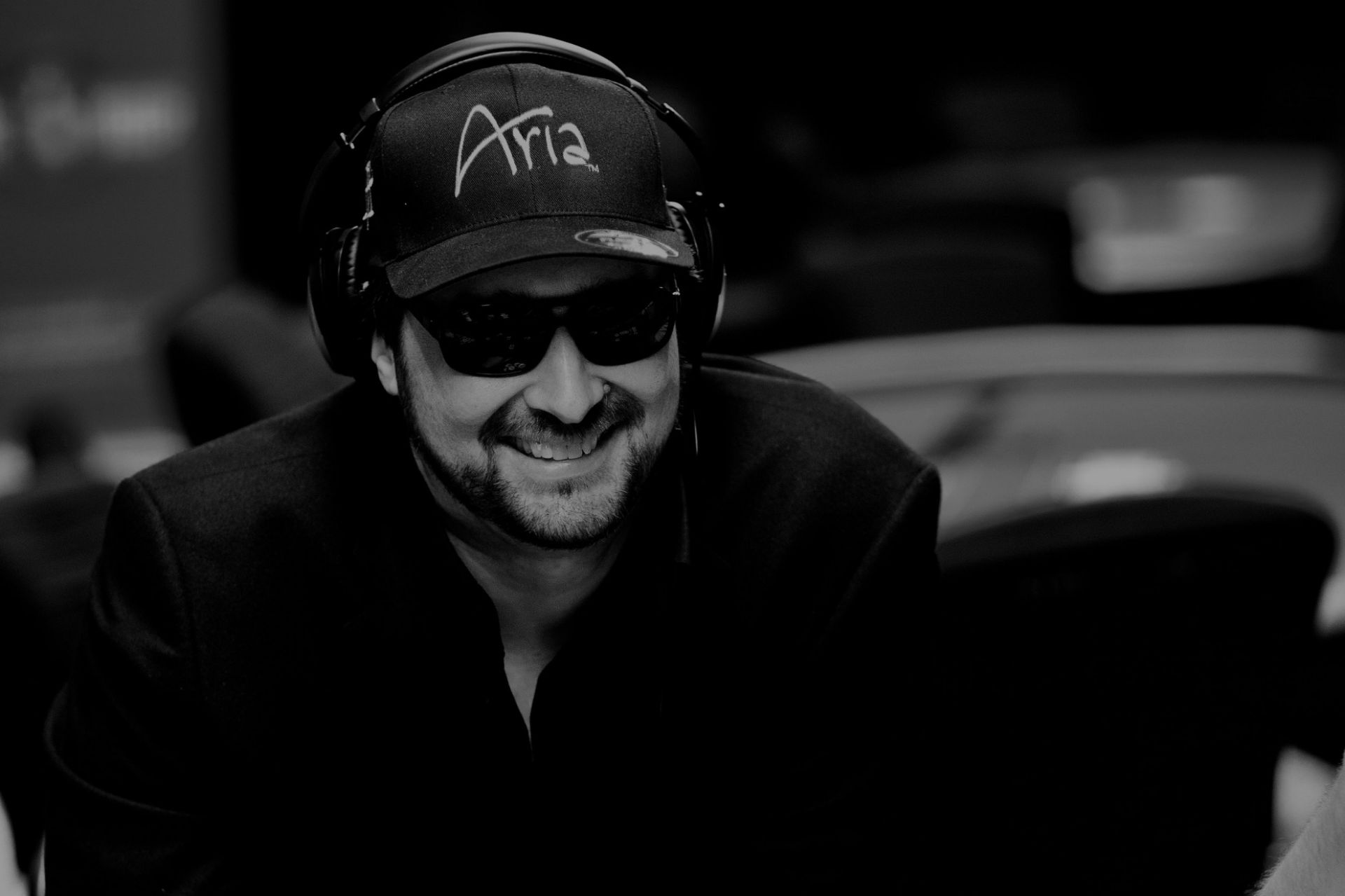 Poker With Phil Hellmuth