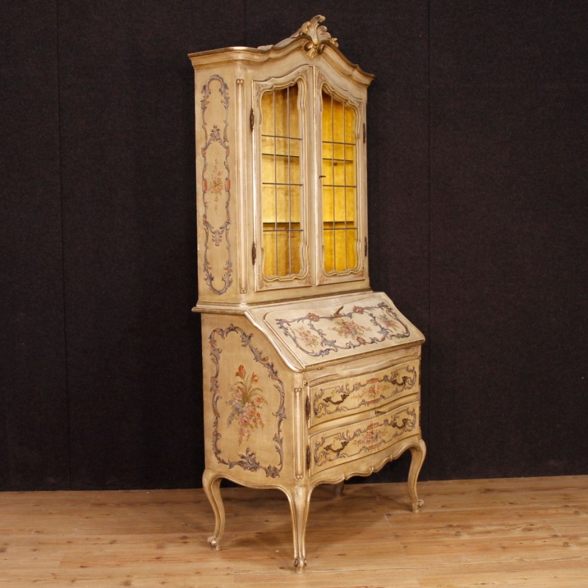 French Trumeau In Lacquered And Painted Wood From 20th Century
