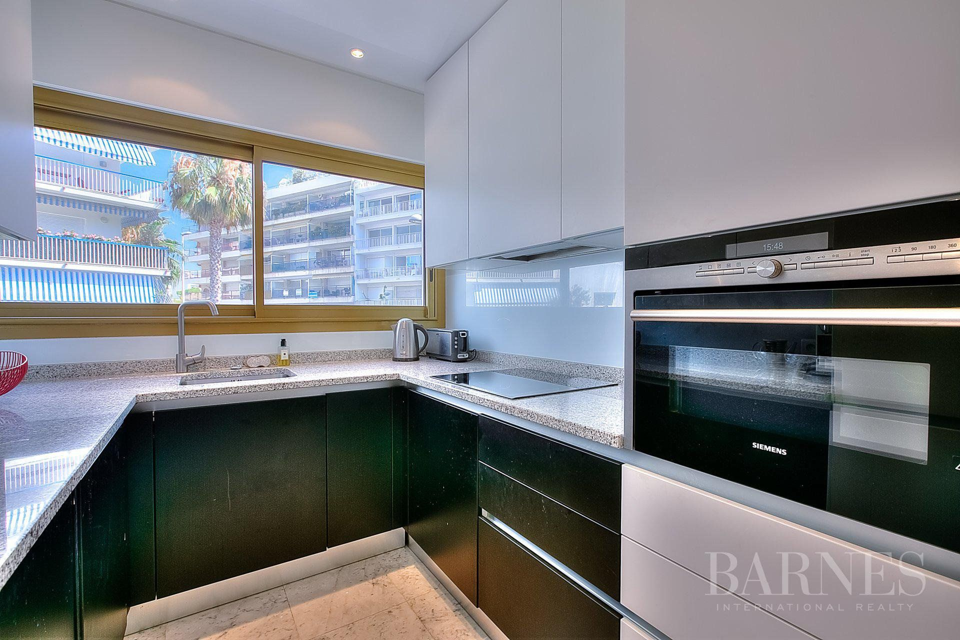 CANNES - PALM BEACH - APARTMENT WITH TERRACE