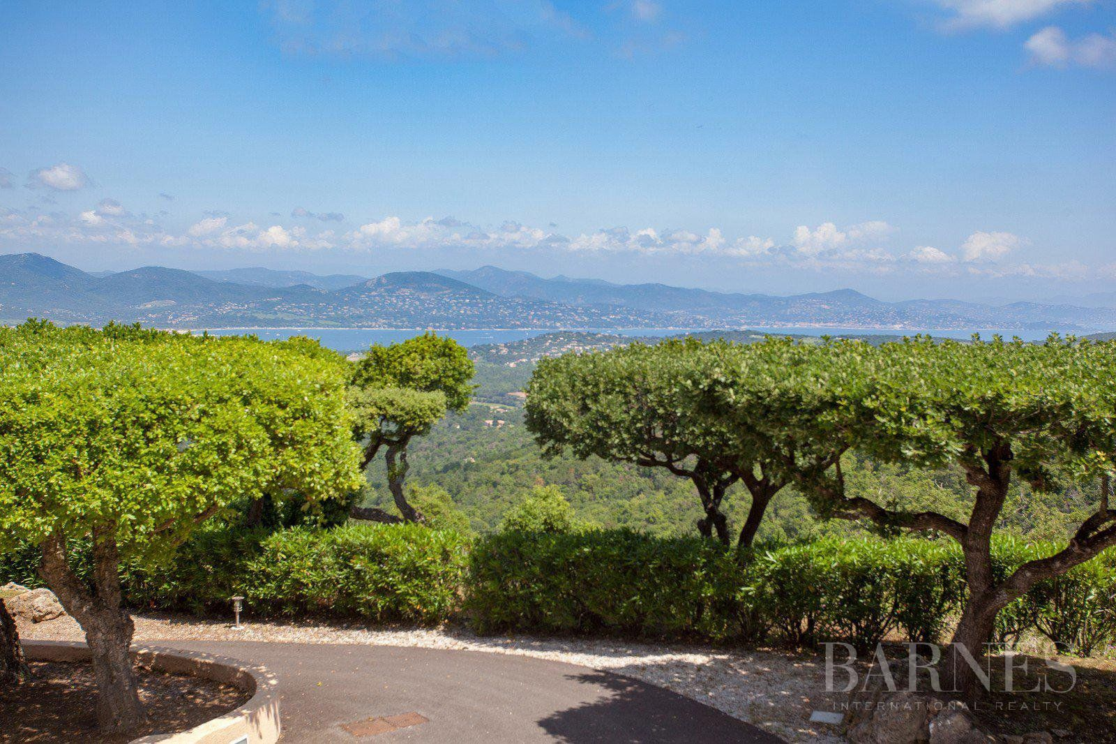 Gassin- Villa panoramic sea view on the Gulf of Saint-Tropez and the Levant islands