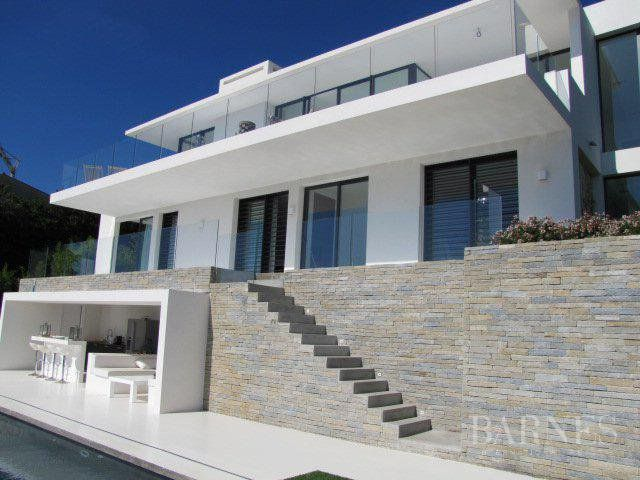 NEAR CANNES - CONTEMPORARY VILLA - PANORAMIC SEA VIEW - 4 BEDROOMS