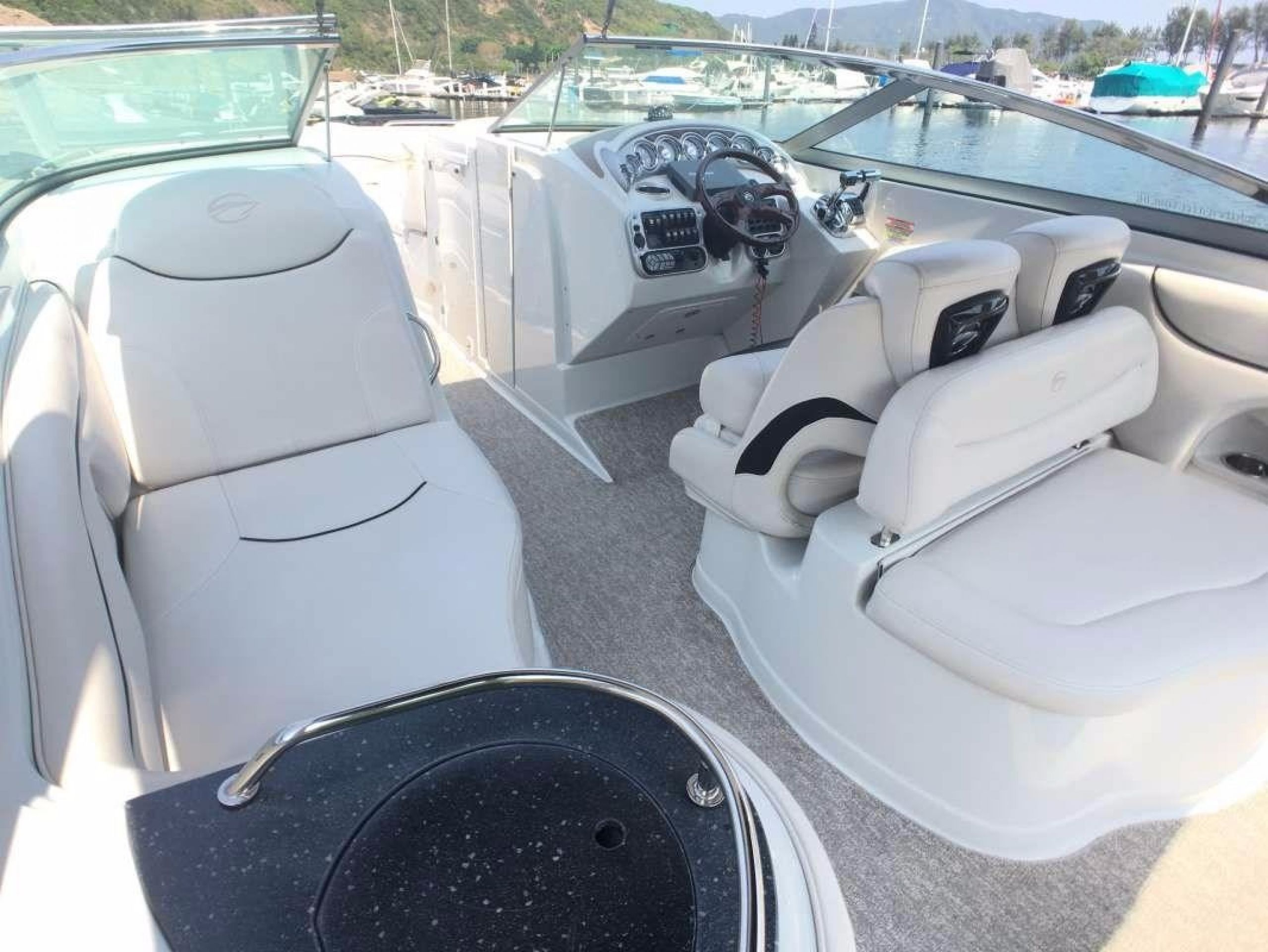 CROWNLINE 325SS
