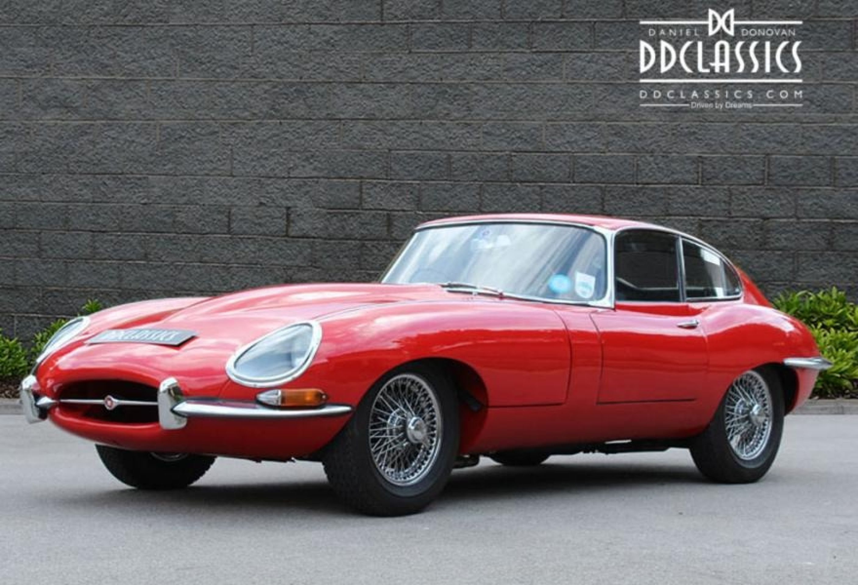 JAGUAR E TYPE 4.2 SERIES I FHC RHD