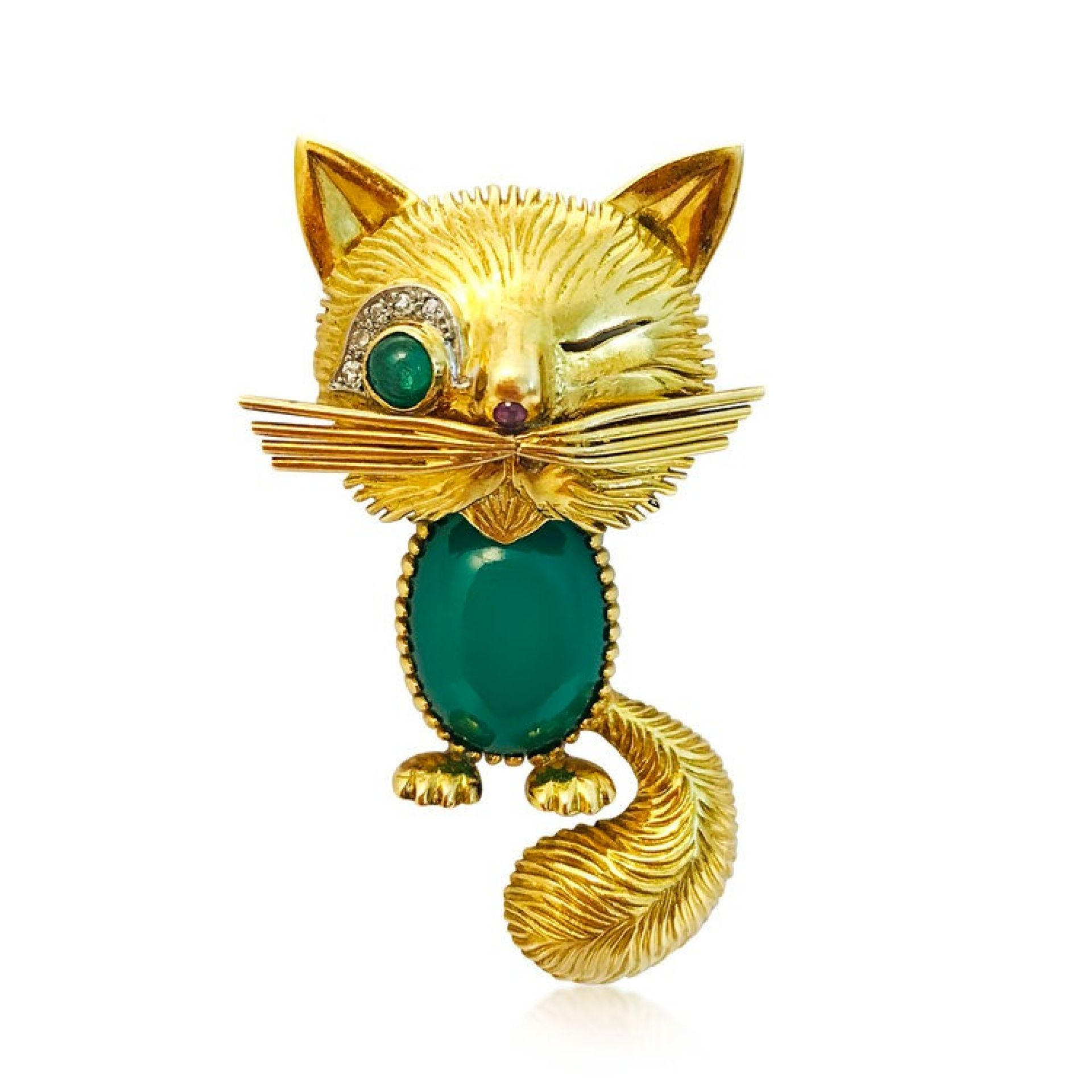 A CHRYSOPHRASE WINKING CAT BROOCH, BY VAN CLEEF & ARPELS