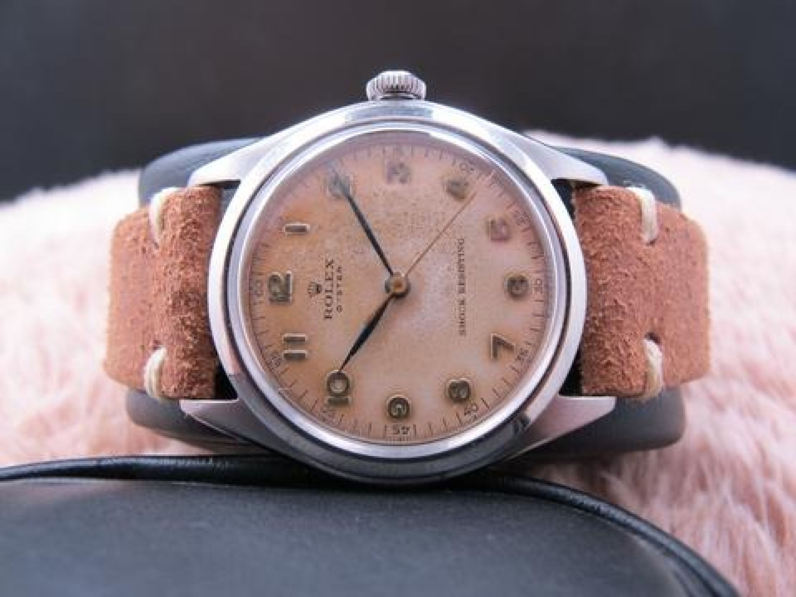 1946 ROLEX OYSTER 4499 ORIGINAL TROPICAL DIAL WITH RAISED ARABIC DIAL