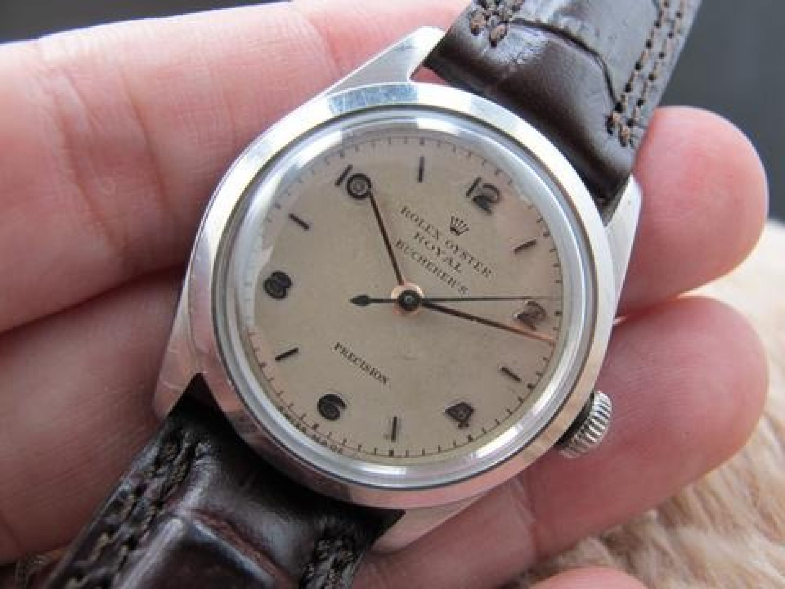 "1945 ROLEX OYSTER ROYAL 4220 CREAMY DIAL DOUBLE SIGNED ""BUCHERER'S"""