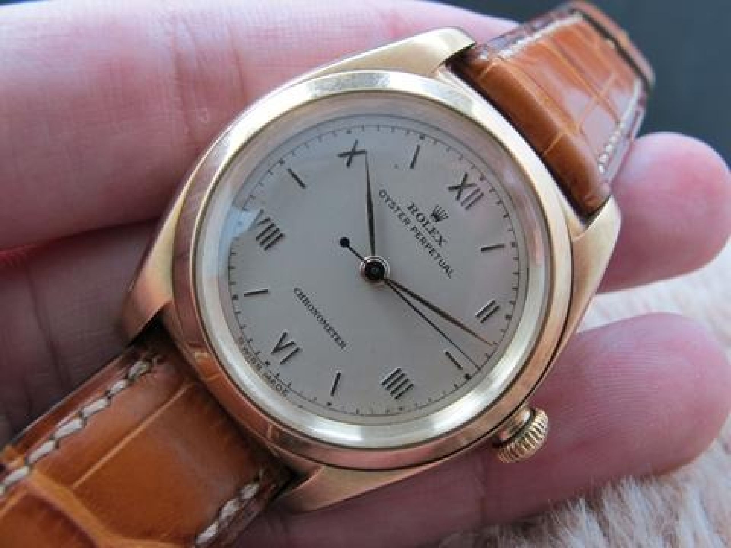 1947 ROLEX BUBBLEBACK 3131 14K YELLOW GOLD WITH CREAMY RAISED ROMAN DIAL