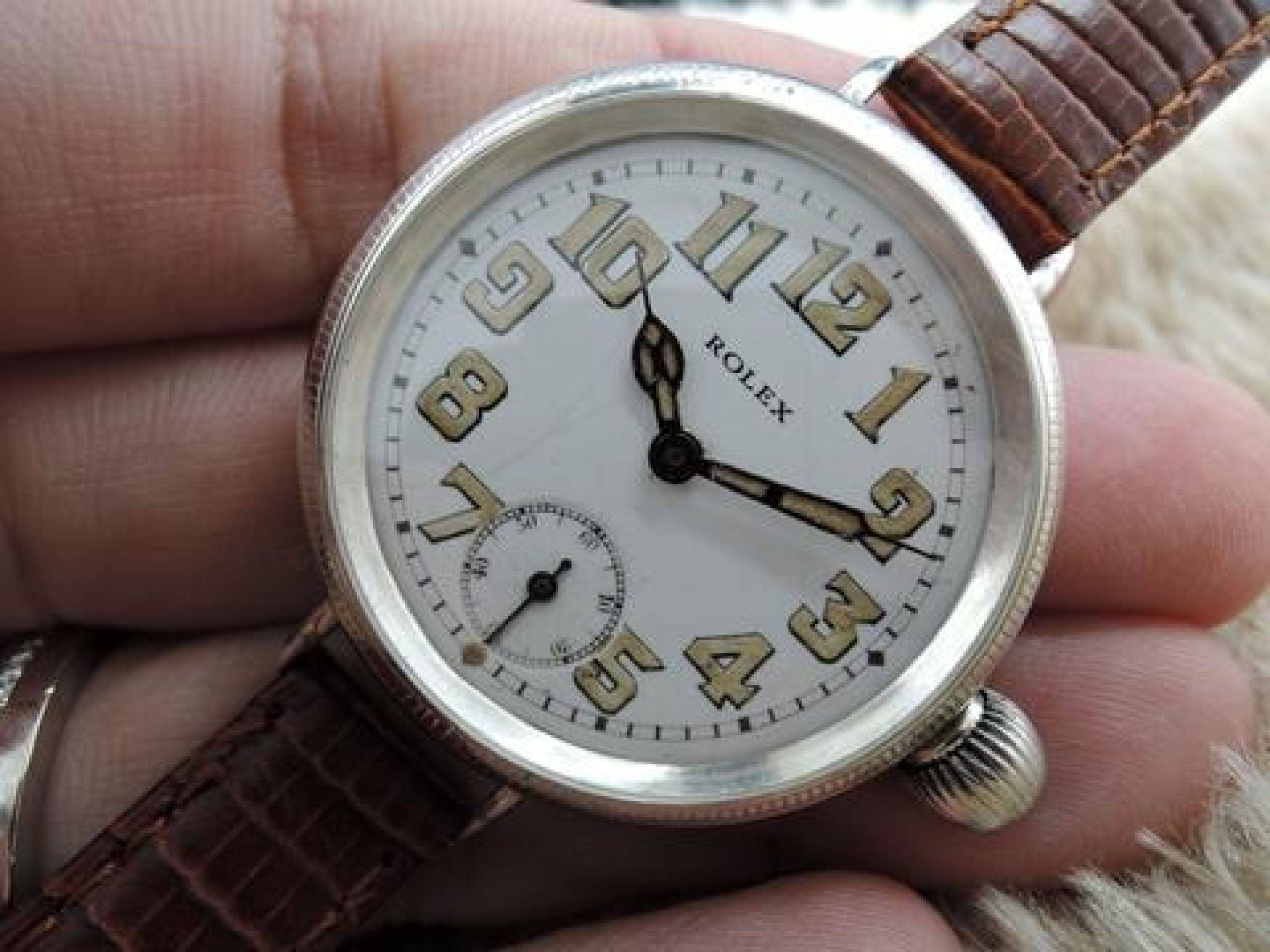 1914 ROLEX OFFICER WITH ORIGINAL ENAMEL WHITE DIAL WITH ARABIC NUMERALS