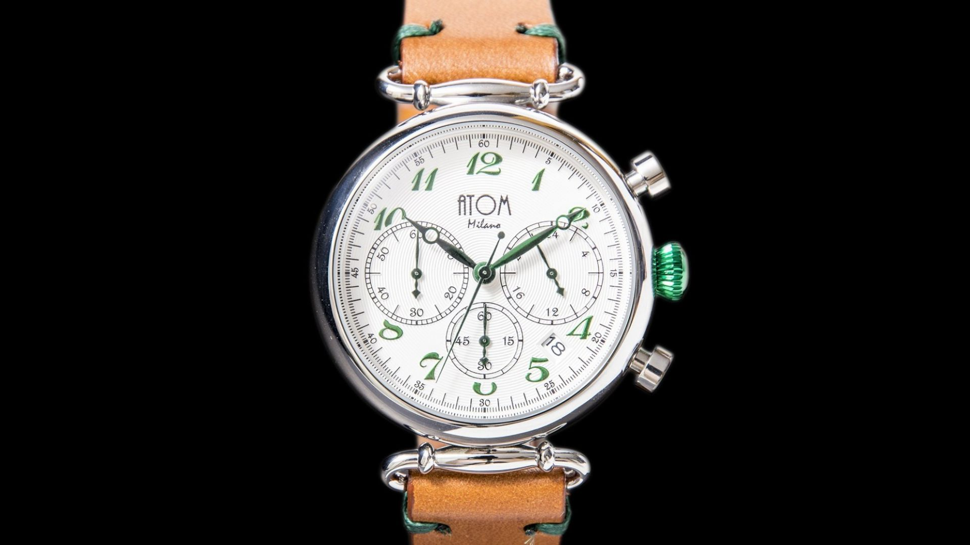 ATOM MILANO 40MM IN SILVER CASE AND LEATHER STRAP (GREEN)