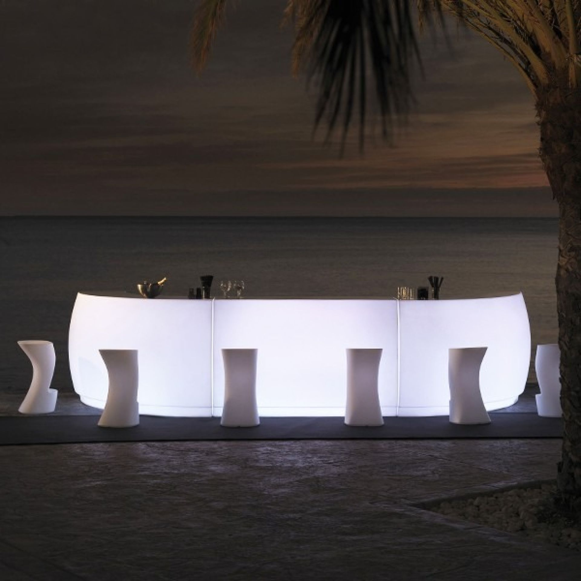 FIESTA BAR IN WHITE DOUBLE-WALLED RESIN 111-ARCHIRIVOLTO DESIGN