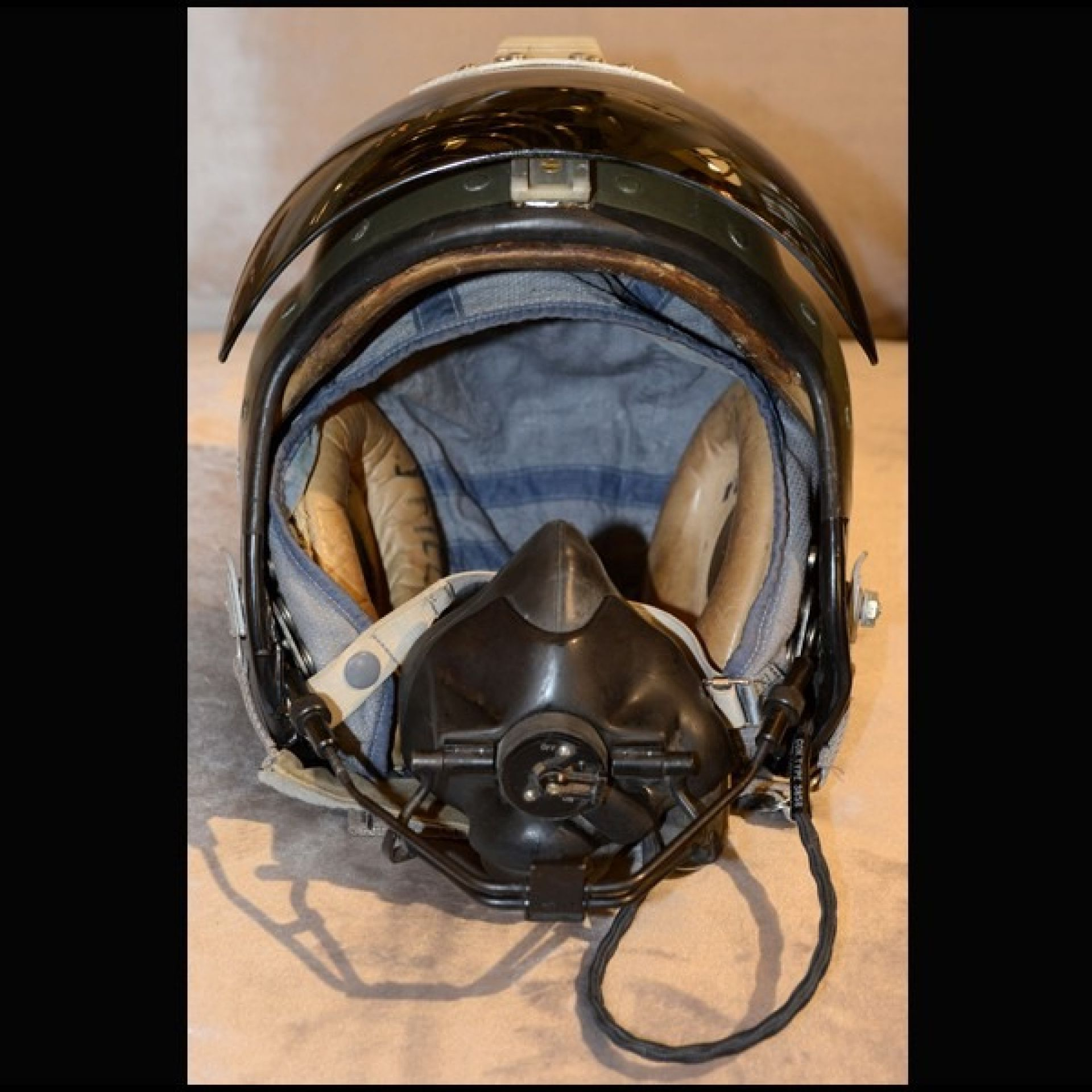 ROYAL AIR FORCE FIGHTER PLANE PILOT HELMET 1950 SINGLE PIECE PC-ROYAL AIR FORCE