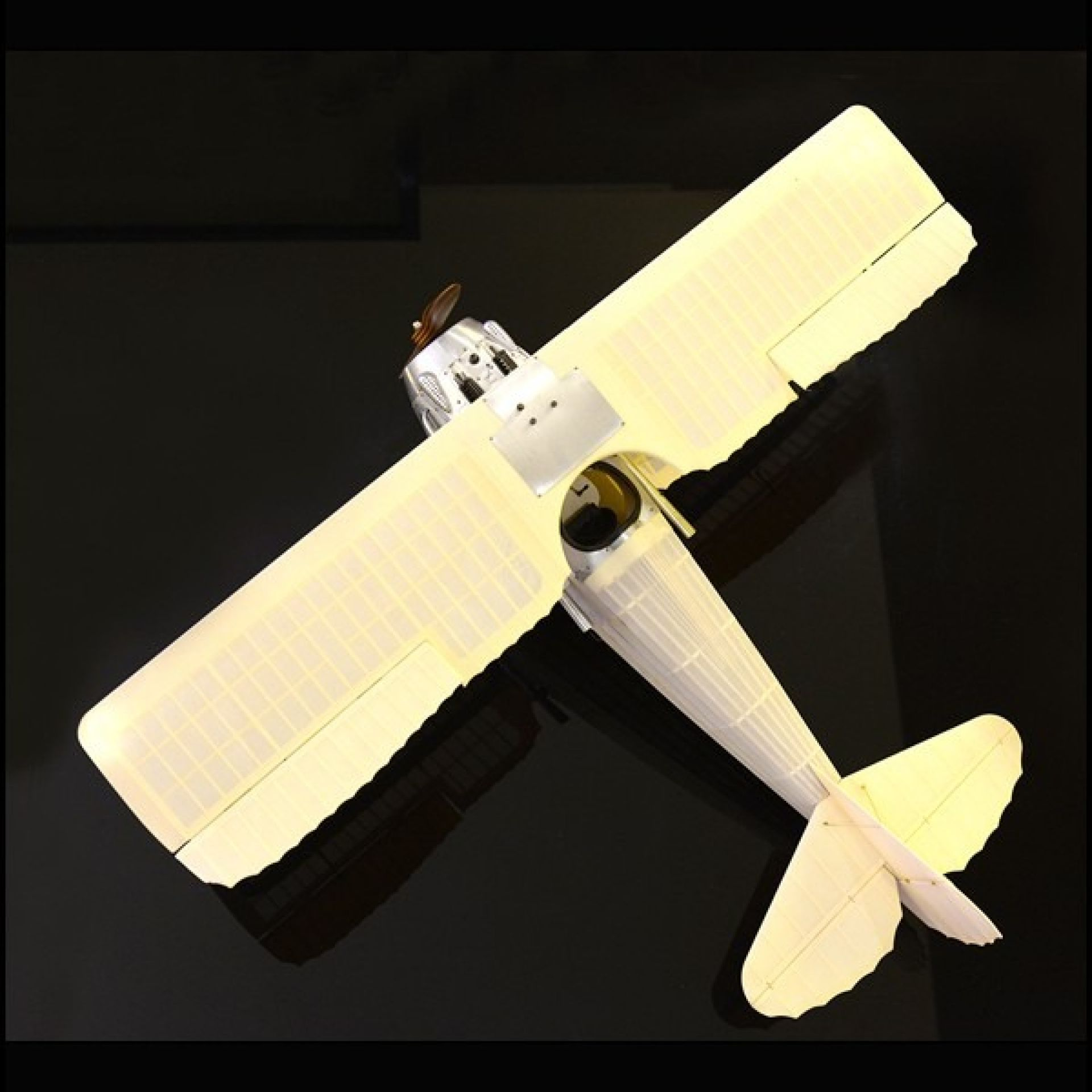 PLANE HAND MADE WOODEN 113-TRANSPARENT SPAD