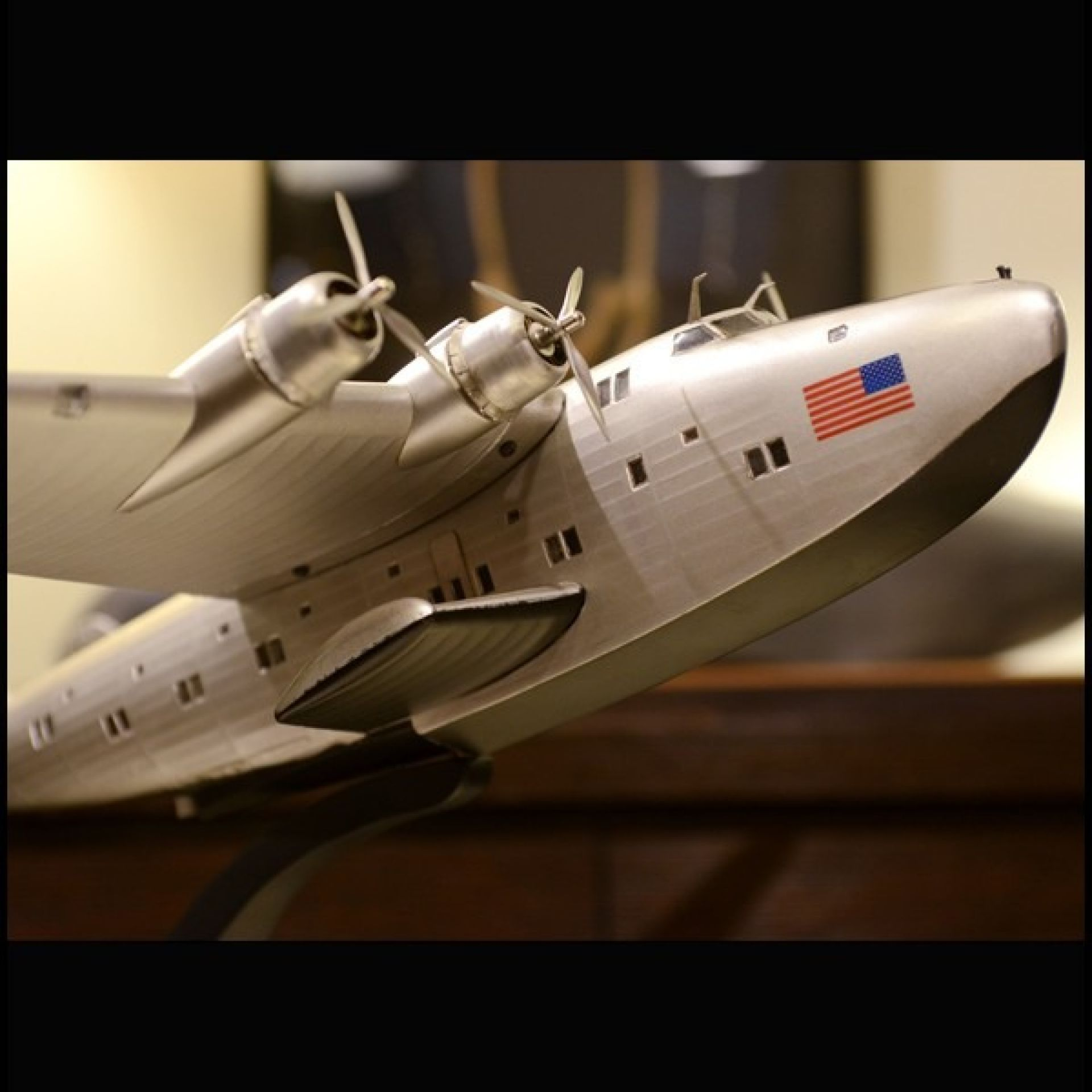 MODEL OF THE FIRST PANAM AIRWAYS PC-DIXIE CLIPPER BOEING 314