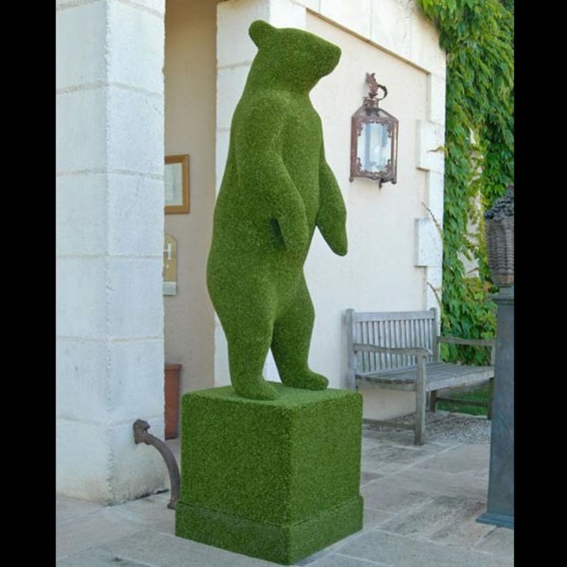 15-BEAR-M SYNTHETIC TURF SCULPTURE