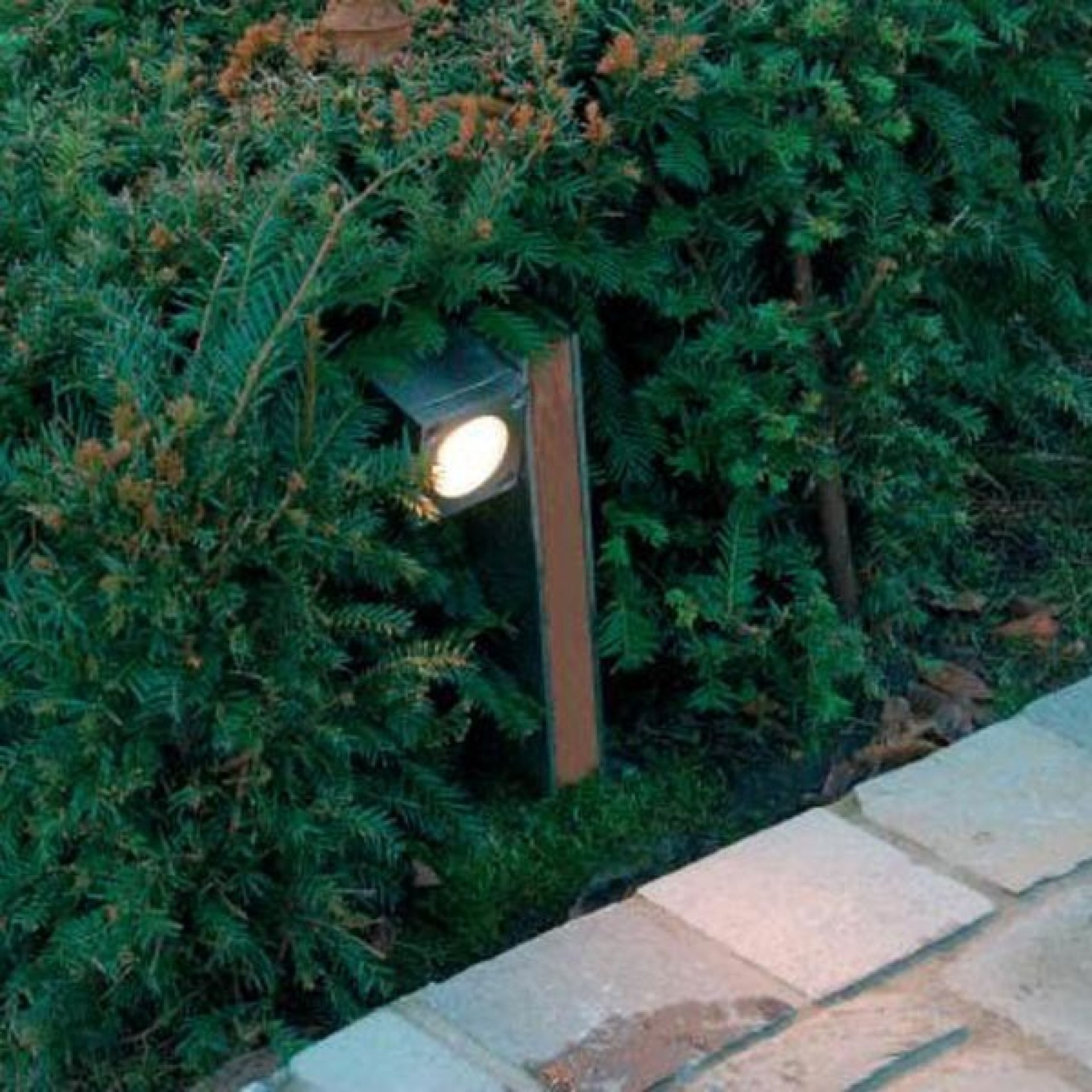 STAINLESS STEEL LAMP 37-Q-BIC