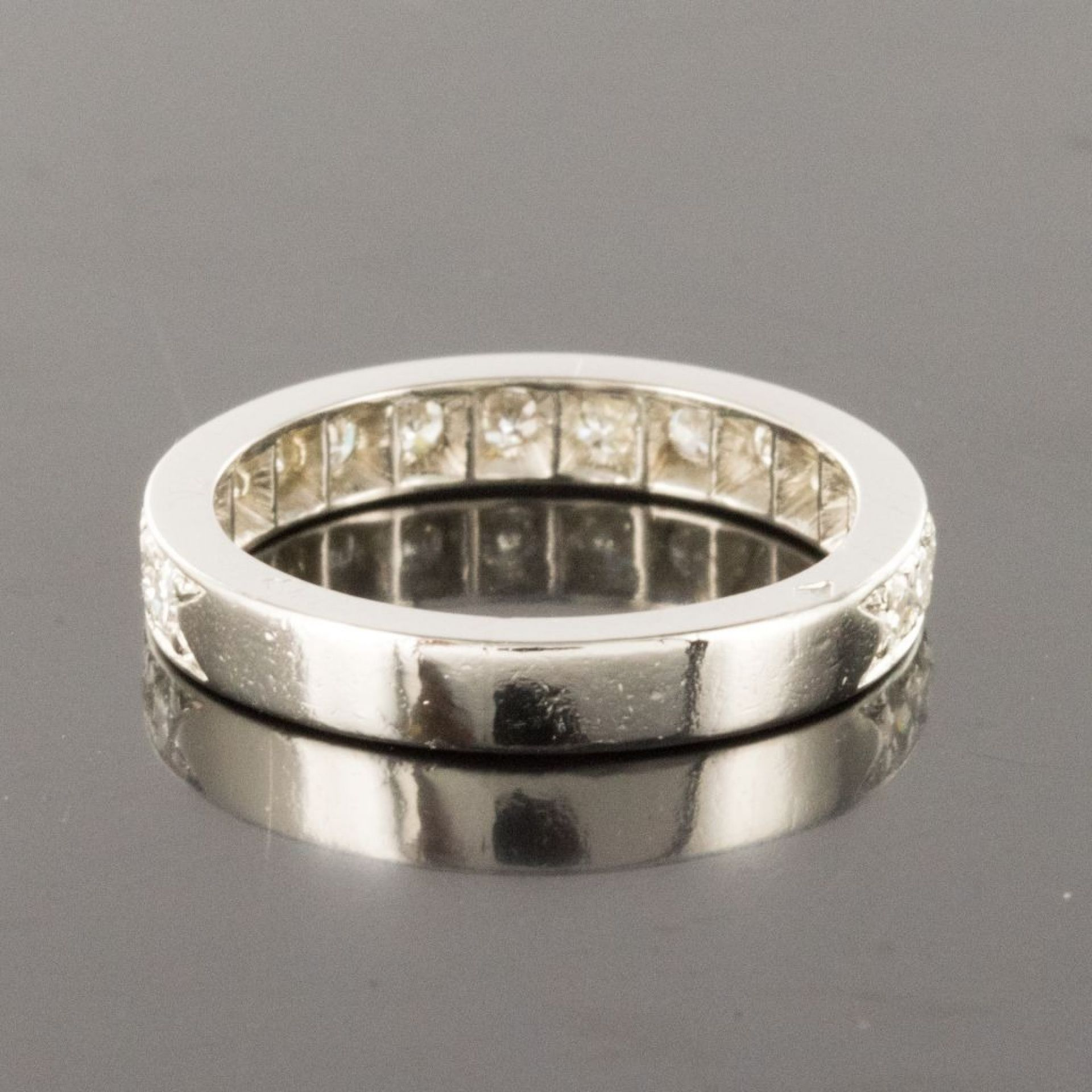 Half alliance diamonds white gold art deco