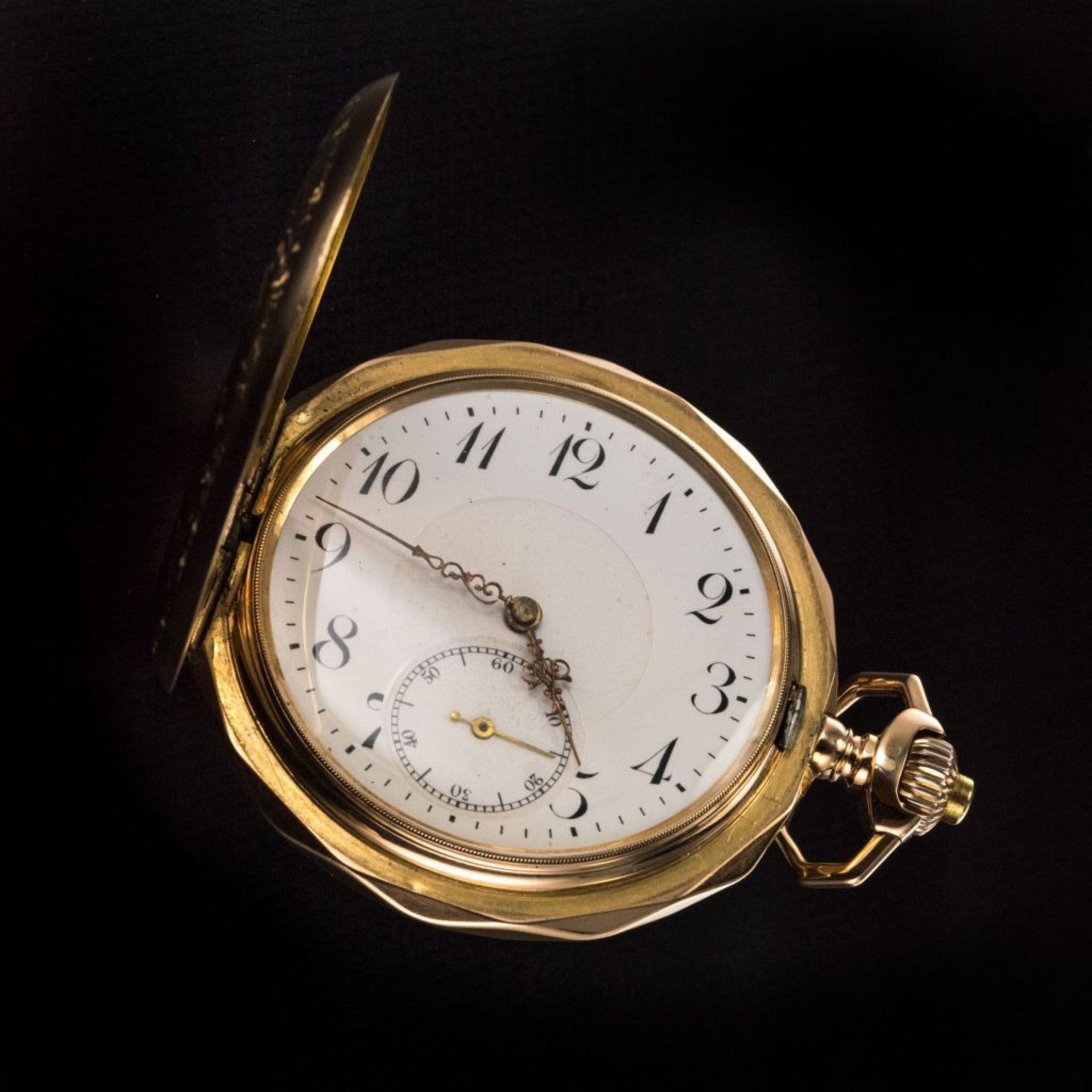 Breguet Machenery pocket watch in engraved pink gold